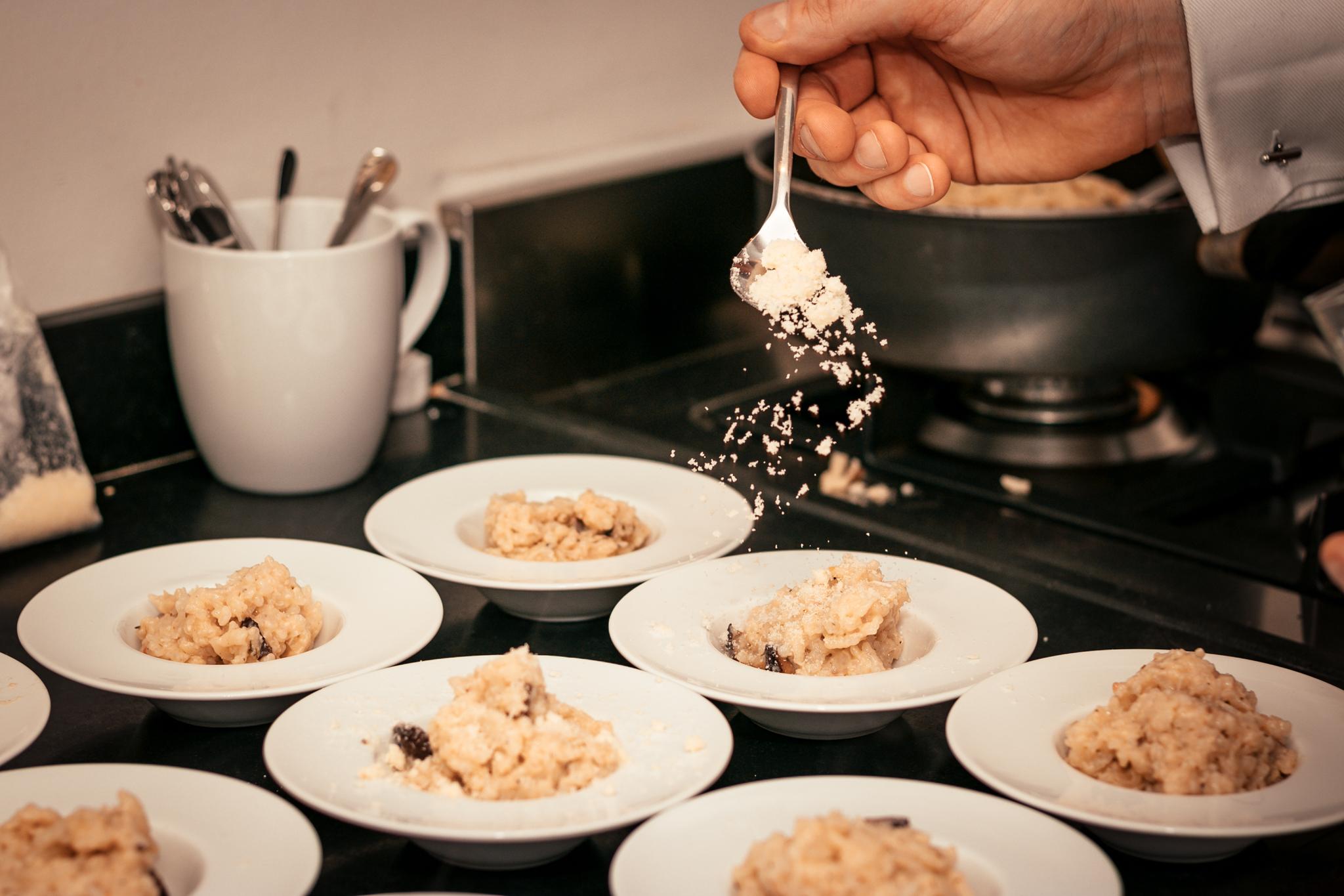 Bospaddelen risotto met truffel en Parmezaan met Champagne Cuvée XIX van Marie Demets Champagne - jeromeschampagne.nl